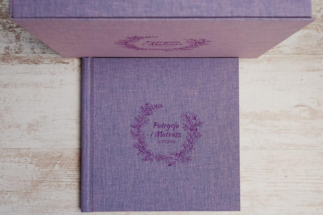 Fotoksiążka Classic, okładka z tkaniny z grawerem. Pudełko